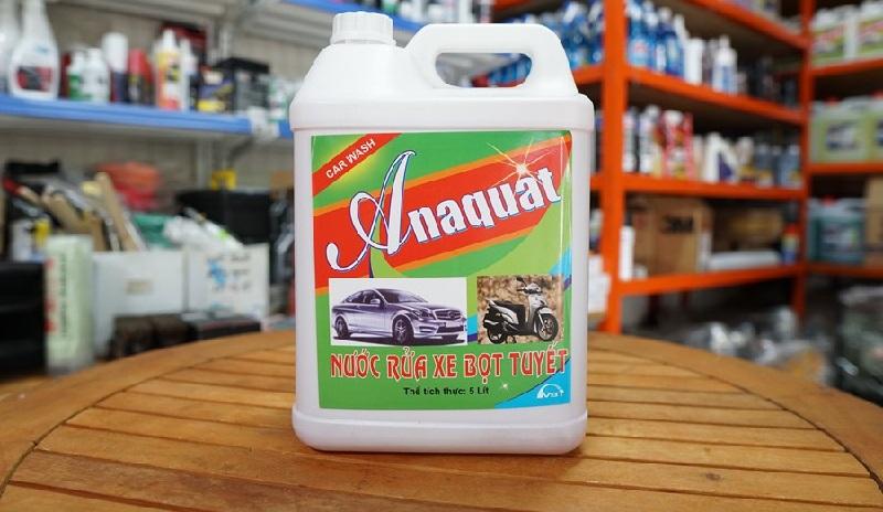 Nước rửa xe bọt tuyết Anaquat